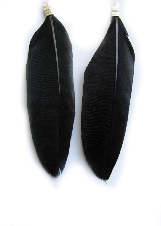 2 anh nger echte feder ca 5 5cm 6 5cm schwarz perlen basteln indianer perlen ebay. Black Bedroom Furniture Sets. Home Design Ideas